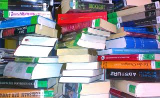 Großer Bücher- und Medien-Flohmarkt