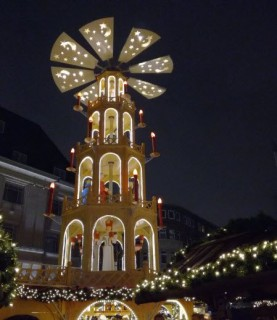 Weihnachtpyramide